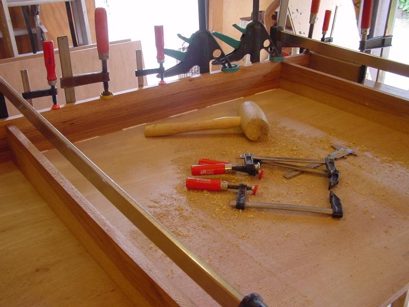 Beeldverslag van het maken van een buro voor jonathan for Ladenblok maken
