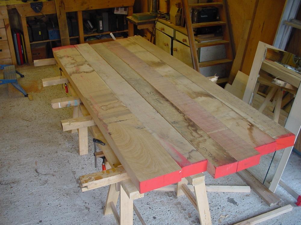 Beeldverslag van het maken van een eiken tafel voor tina en jasper